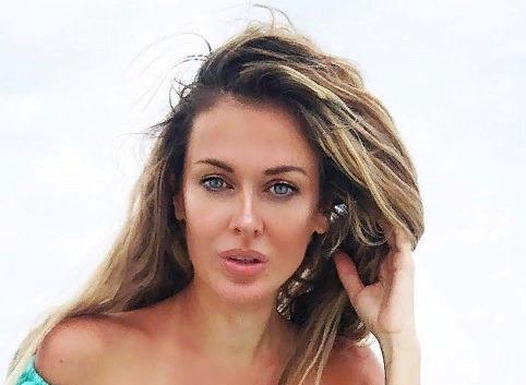 Таня Терешина взяла в свадебное путешествие 25 эротических нарядов