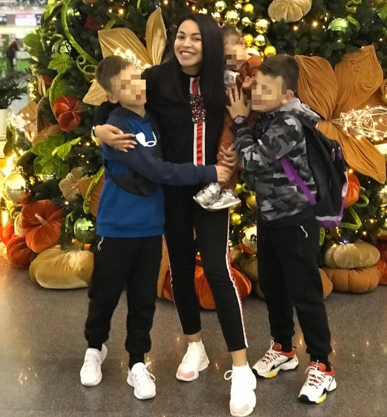 Полина Ололо не теряет надежды увидеться с сыновьями