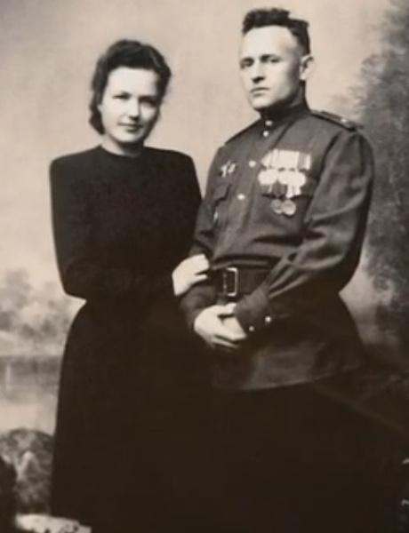 Родители Елены Соловей