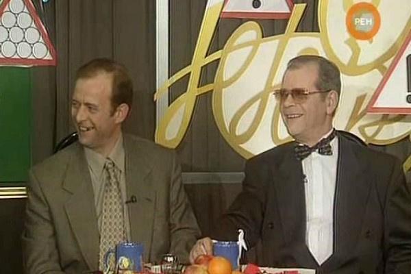 Аркадий Арканов вел передачи «Вокруг смеха» и «Белый попугай»