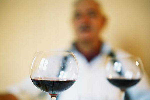 Раки часто страдают алкоголизмом в молодости