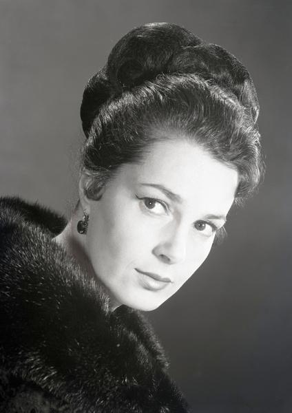 Быстрицкая считалась одной из самых красивых актрис советского кино
