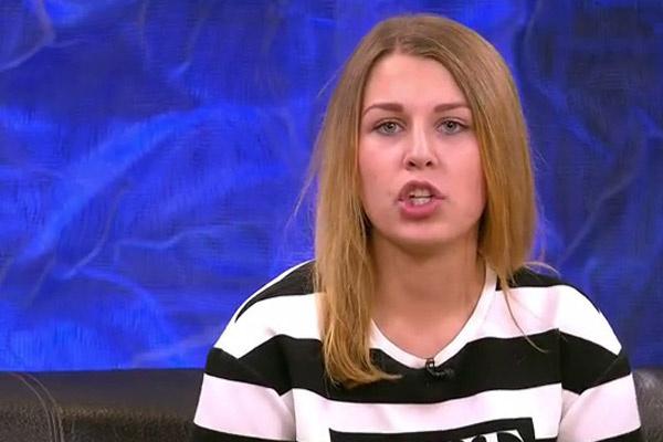Полина Пивнева ходила в тот же садик. что и Коля Ерохин. Сейчас она хочет продолжить с ним общение