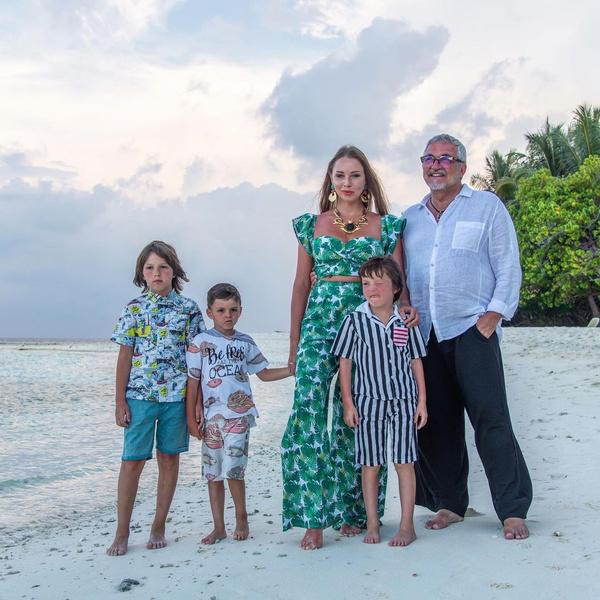 Семья Дибровых на отдыхе