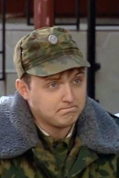 В «Солдатах» Илья сыграл рядового Андрея Скрипку