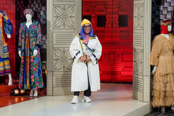От хозяйки борделя до голливудской звезды — преображение Надежды Бабкиной в «Модном приговоре»