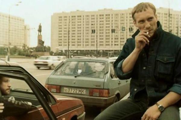 Игорь Тальков и Евгений Сидихин в фильме «За последней чертой»