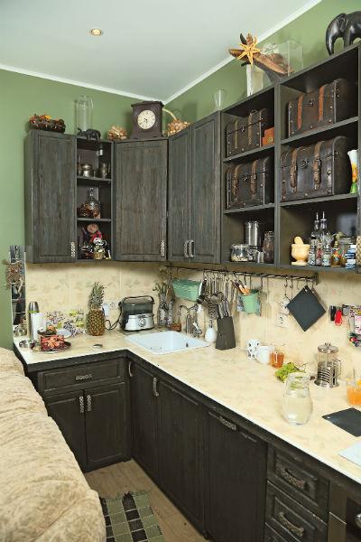 «Кухню заказывала на заводе во Владимире»,– говорит Серафима
