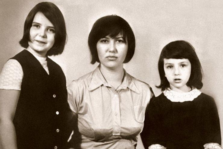 Супруга подарила Вениамину Смехову двух дочерей