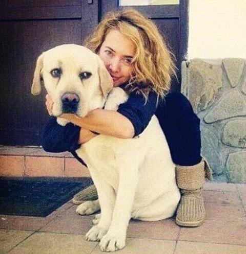 Жанна Фриске с собакой по кличке Улиус