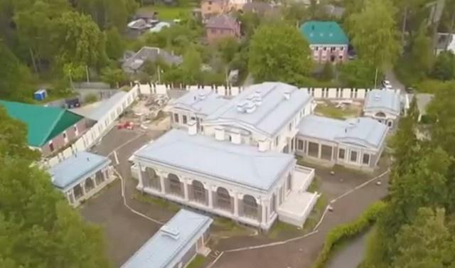Вид на дом Валентина Юдашкина с высоты птичьего полета
