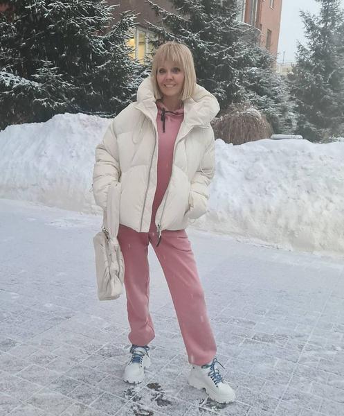 В обычной жизни Валерия отдает предпочтение спортивному стилю