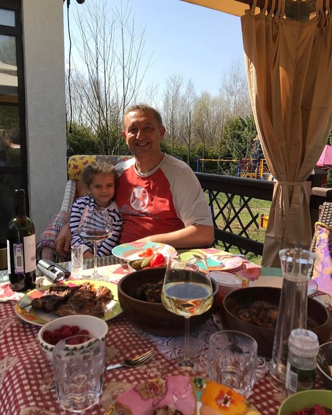 Муж Славы с дочкой