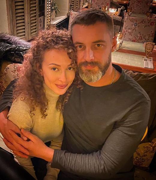 Антон Батырев с новой избранницей Анной Савельевой