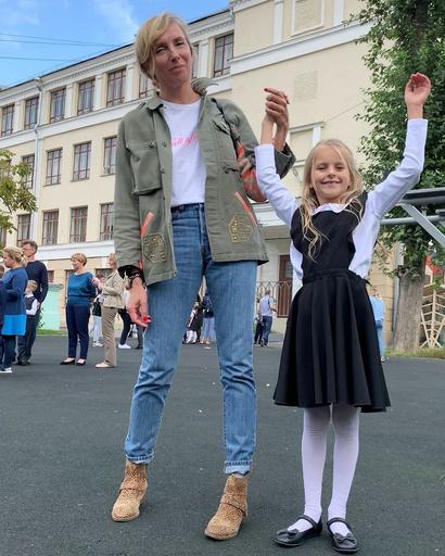 Светлана Бондарчук с внучкой