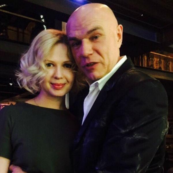 С женой Галиной Сергей в браке уже 18 лет