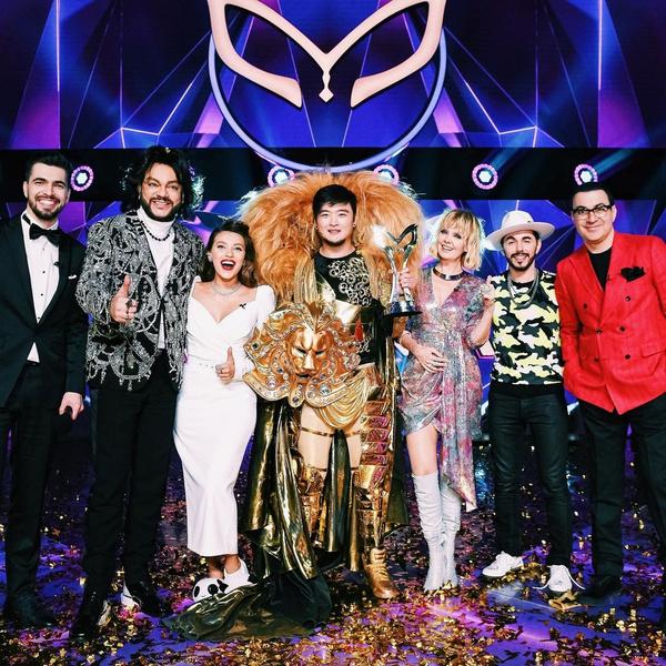 Весной Цой стал победителем шоу «Маска» на НТВ