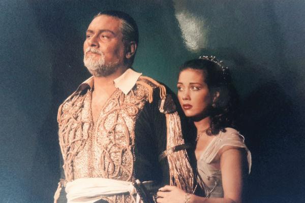 Одна из первых ролей в театре – Дездемона в спектакле «Отелло», начало 2000-х