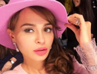 Анна Калашникова чуть не лишилась родителей