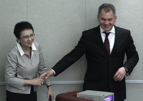 Сергей Шойгу был в хороших отношениях с сестрой