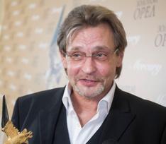 Александр Домогаров: «Я старпер и должен смириться, что блогеры – боги»