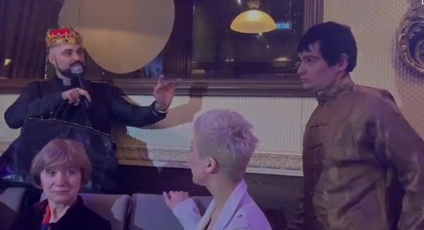 Венцеслав пытается выгнать Дмитрия Торина