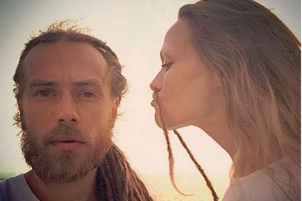 Музыкант с женой Юлией