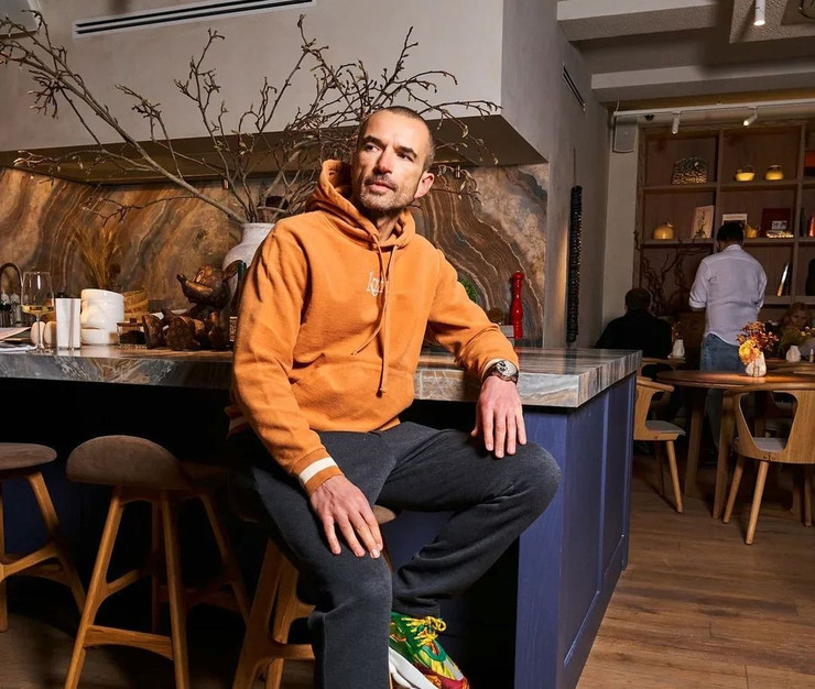 Александру Орлову принадлежат рестораны в России и Украине, Казахстане, Гонконге, Дубае и даже Монако.
