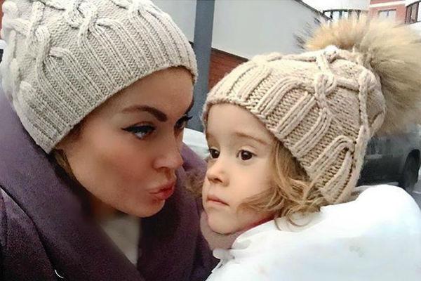 Таня часто делится интересными моментами из жизни дочери Арис