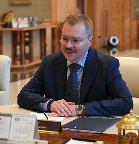 Сын бывшего генерального прокурора Артем Чайка развелся с женой