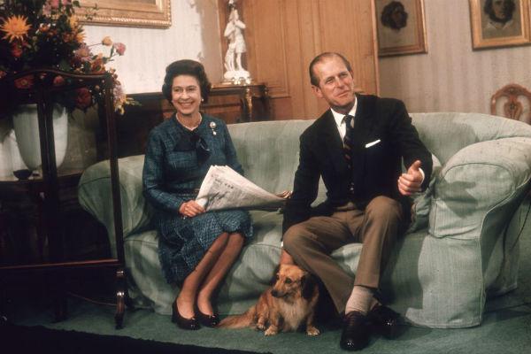 Муж Елизаветы II тоже разделяет ее любовь к собакам