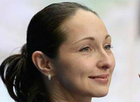 Фигуристка Анжелика Крылова повредила позвоночник в ДТП