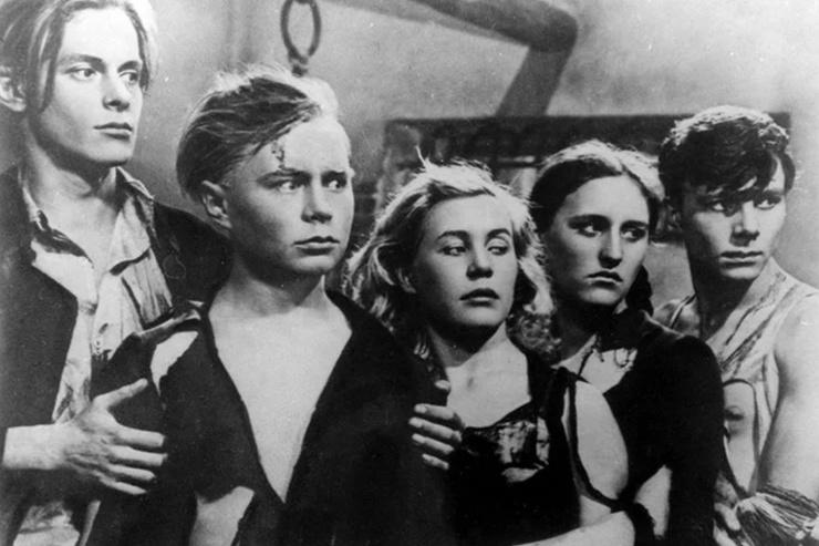 Лента «Молодая гвардия» принесла актрисе первый успех