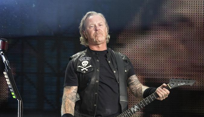 Группа Metallica отменила концерты из-за алкоголизма солиста