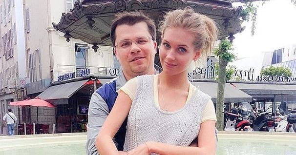 Гарик Харламов публично высмеял Кристину Асмус