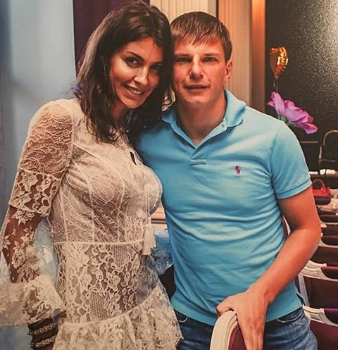 Экс-супруга Аршавина: «Болезнь покромсала лицо. Две операции помогли сохранить жизнь»