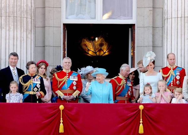По мнению многих, Меган так и не смогла стать членом королевской семьи