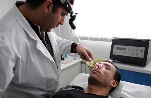 Михаил Терехин готовится к операции