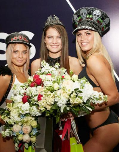 Второе место заслужила Ксения Ильина из Магнитогорска, на третьем месте оказалась Ксения Филиппова из Екатеринбурга.