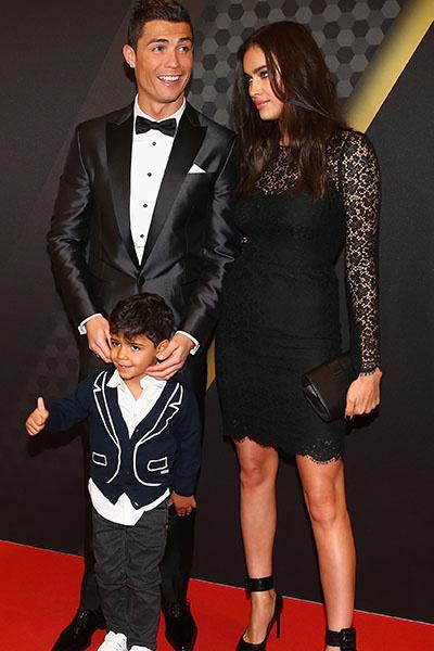 Криштиану Роналду с сыном и бывшей возлюбленной,топ-моделью Ириной Шейк