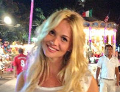 Виктория Лопырева похвасталась фигурой как у куклы Барби