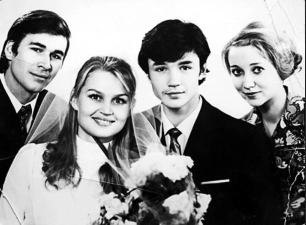 Евгений женился на Людмиле в студенчестве