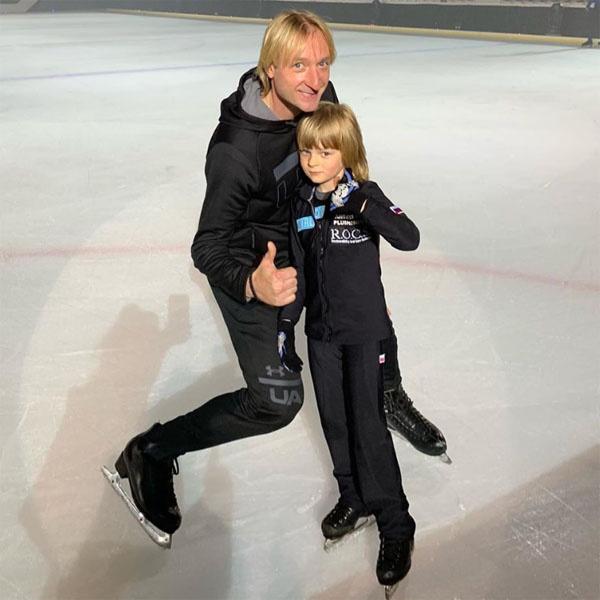 Евгений Плющенко и его сын Саша