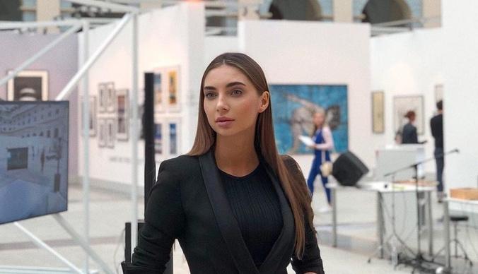 Московского блогера жестоко избили сотрудники салона красоты
