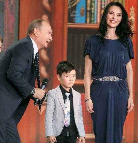 Тимофей с мамой Настасией на встрече с Владимиром Путиным в Кремле