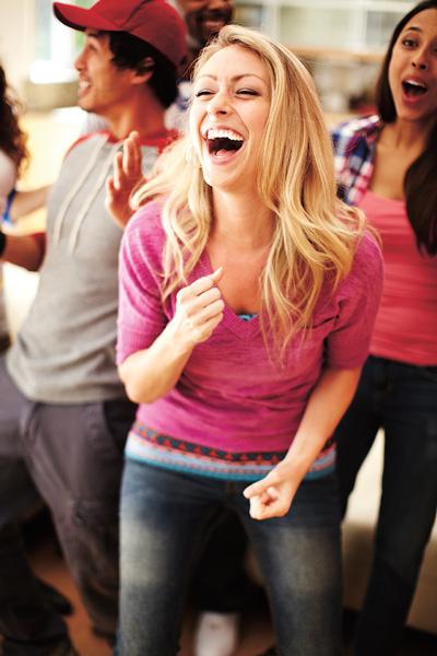 Используйте любую возможность двигаться: ходите пешком, плавайте, танцуйте. Движение должно приносить удовольствие, тогда будет результат