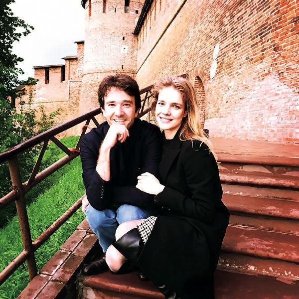 Наталья показала мужу Антуану Арно малую родину и сводила на прогулку в Кремль