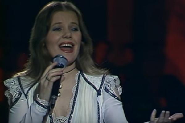 Людмила Сенчина, по словам Сергея Захарова, сыграет в его судьбе роковую роль