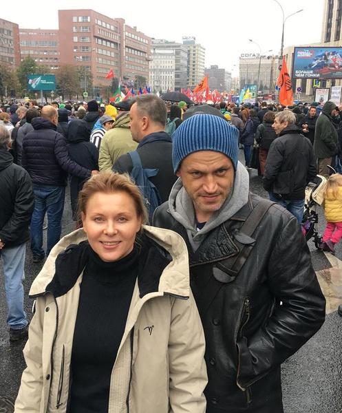 Актриса счастлива в браке с Василием Сигаревым