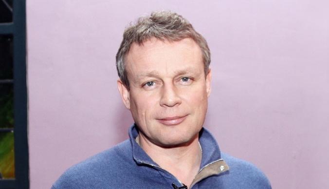 Сергей Жигунов живет в усадьбе с копией Анастасии Заворотнюк